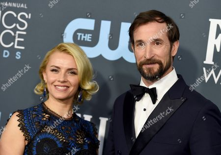 Noah Wyle, Sara Wells. Sara Wells, left, and Noah Wyle arrive at the 25th annual Critics' Choice Awards, at the Barker Hangar in Santa Monica, Calif