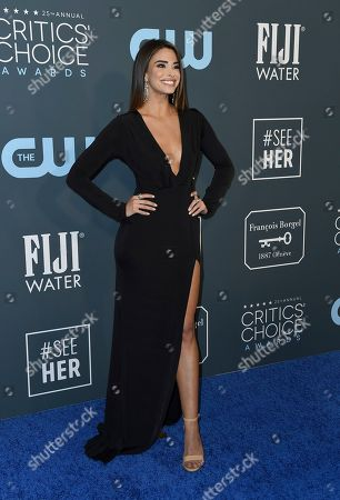 Jennifer Lahmers arrives at the 25th annual Critics' Choice Awards, at the Barker Hangar in Santa Monica, Calif