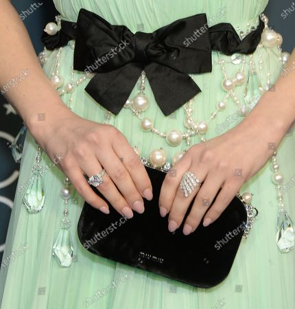 Lucy Hale, bag detail