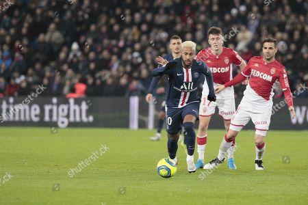 Neymar Jr of PSG, Aleksandr Gloving of Monaco and Cesc Fabregas of Monaco