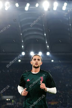 Adrien Rabiot of Juventus at the end of the warm up before the Italian championship Serie A football match between AS Roma and Juventus on at Stadio Olimpico in Rome, Italy - Photo Federico Proietti/ESPA-Imaes