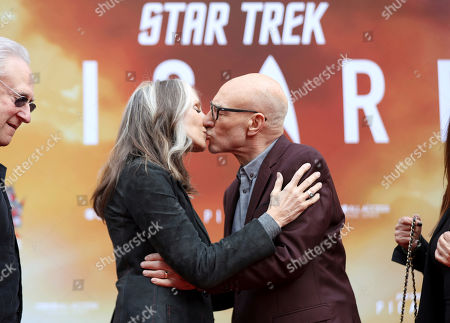 Sir Patrick Stewart, Gates McFadden. Star Trek cast mate Gates McFadden, left, congratulates Sir Patrick Stewart with a kiss following a ceremony honoring Sir Patrick Stewart with the hand and footprints in cement at the TCL Chinese Theatre, in Los Angeles