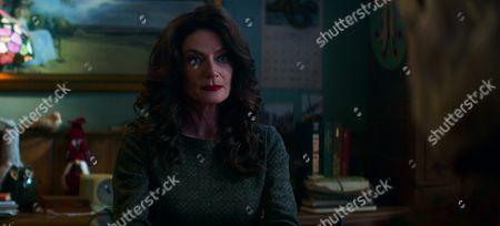 Michelle Gomez as Mary Wardwell