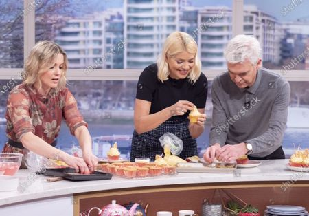 Stock Photo of Phillip Schofield and Holly Willoughby with Juliet Sear