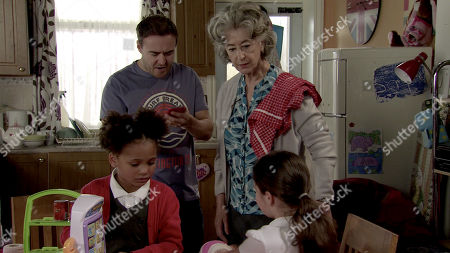 Coronation Street - Ep 9984 Monday 20th January 2020 - 1st Ep As Hope Stape, as played by Isobella Flanagan, and Ruby fight over a toy handbag a mobile phone falls out. Scrolling through the messages Tyrone Dobbs, as played by Alan Halsall, realises with horror that Jade must have given Hope the phone. Reading a message promising Hope they'll be together soon, Tyrone and Evelyn Plummer, as played by Maureen Lipman, stare at each other in shock.