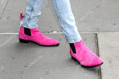 Trevor Jackson, shoe detail