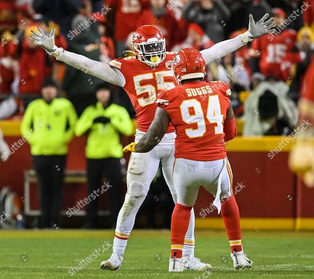Frank Clark, Terrell Suggs. Kansas City Chiefs defensive end Frank Clark (55) and Kansas City Chiefs outside linebacker Terrell Suggs (94) celebrate as time winds down in their win against the Houston Texans during an NFL football game in Kansas City, Mo
