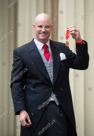 Cricketer Andrew Strauss with his Knighthood.