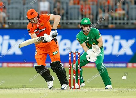 Cameron Bancroft of the Perth Scorchers plays through midwicket