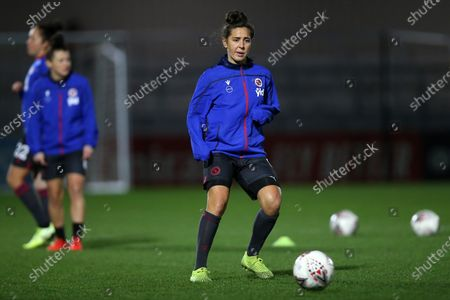 Fara Williams of Reading warms up during Arsenal Women vs Reading FC Women, FA Women's Continental League Cup Football at Meadow Park on 15th January 2020