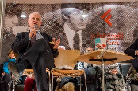 Stock Photo of Luciano Fontana
