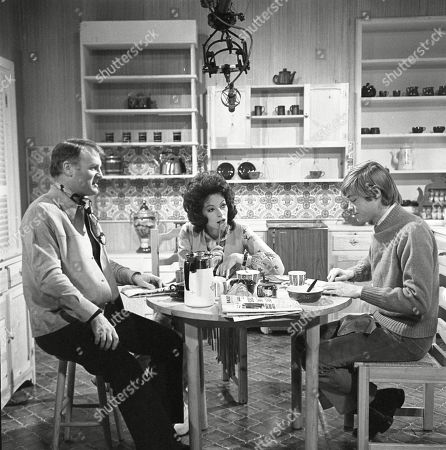 Donald Morley as Ken, Susan Carpenter as Alicia Allenby-Johnson and Simon Ward as Ted Allenby-Johnson