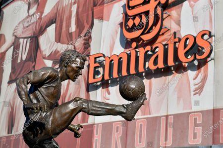 Stock Photo of 18th January 2020, Emirates Stadium, London, England; Premier League, Arsenal v Sheffield United : The statue of Dennis Bergkamp outside The Emirates StadiumCredit: Simon Whitehead/News Images