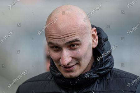 18th January 2020, St. James's Park, Newcastle, England; Premier League, Newcastle United v Chelsea : Jonjo Shelvey (8) of Newcastle United arrives at St. James' Park