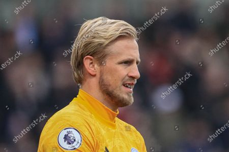 Stock Photo of 19th January 2020, Turf Moor, Burnley, England; Premier League, Burnley v Leicester City : Kasper Schmeichel (1) of Leicester City during the gameCredit: Mark Cosgrove/News Images