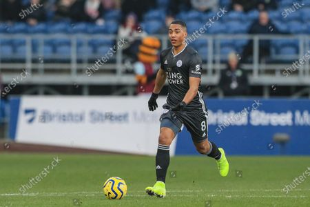 19th January 2020, Turf Moor, Burnley, England; Premier League, Burnley v Leicester City : Youri Tielemans (8) of Leicester City in action during the game Credit: Mark Cosgrove/News Images