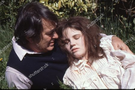 Stuart Whitman as Sam and Lesley Dunlop as Luna
