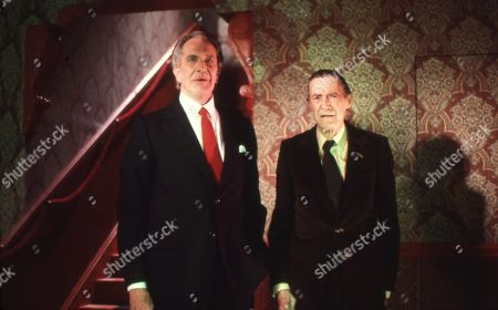 Vincent Price as Eramus and John Carradine as R. Chetwynd-Hayes