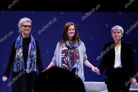 Elizabeth Strout, Laura Linney, Rona Munro