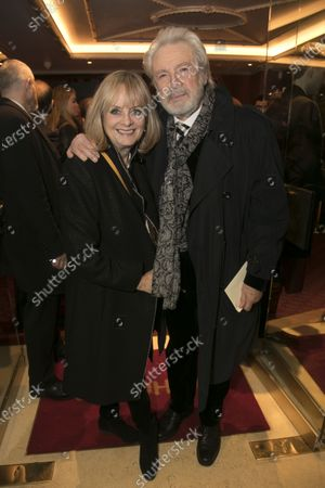 Stock Image of Twiggy Lawson and Leigh Lawson
