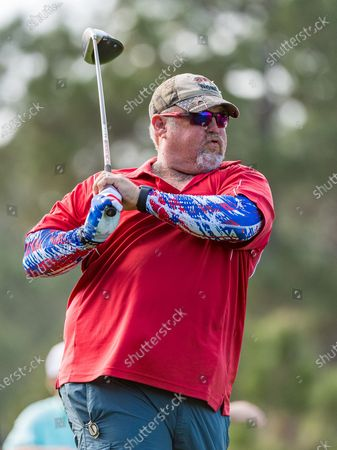 Stock Image of Lake Buena Vista, FL, U.S: Comedian and Actor Larry The Cable Guy during 1st round of Diamond Resorts Tournament of Champions Presented by Insurance Office of America held at Tranquilo Golf Course at Four Seasons Golf and Sports Club Orlando in Lake Buena Vista, Fla