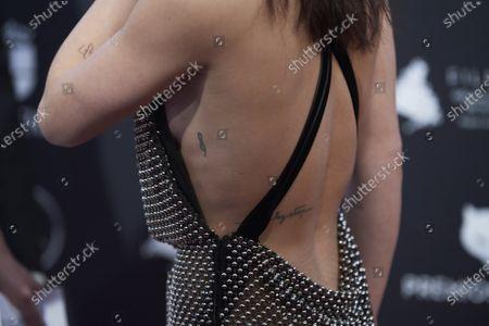 Anna Castillo, tatto detail