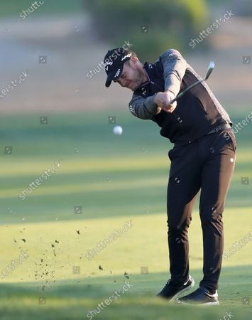 Danny Willet of England in action during the second round of the Abu Dhabi HSBC Golf Championship 2020 at Abu Dhabi Golf Club in Abu Dhabi, United Arab Emirates, 17 January 2020.