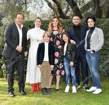 Cast : Sebastiano Somma, Eleonora Giovanardi, Vanessa Incontrada, Tancredi Testa, Crystal Deglaudi, Simone Montedoro, Annalisa Insarda'