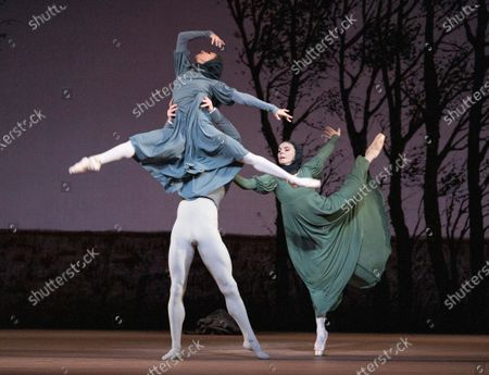 Francesca Hayward as Olga, Matthew Ball as Lensky, Natalia Osipova as Tatiana,