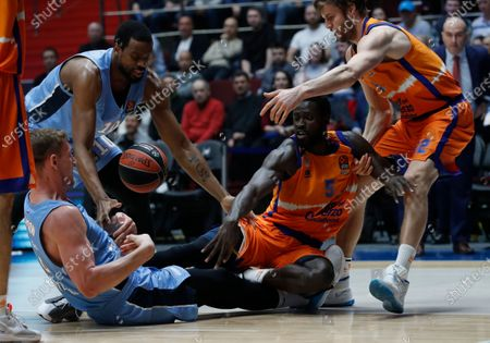 Maurice Ndour of Valencia Basket (2R) in action against Colton Iverson of Zenit St. Petersburg (L) during the Euroleague basketball match between BC Zenit St. Petersburg and Valencia Basket Spain in St. Petersburg, Russia, 17 January 2020.
