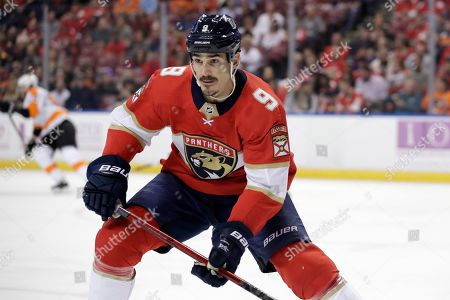 Florida Panthers center Brian Boyle (9) in action during the first period of an NHL hockey game against the Philadelphia Flyers, in Sunrise, Fla