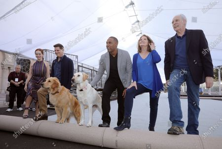 Elizabeth McLaughlin, US producer Todd Milliner, US actor Jason Winston George, SAG Awards executive producer Kathy Connell and SAG Awards committee vice chair Daryl Anderson roll out the 'red carpet' with the held of famed Subaru commercial dogs Luther (L) and Ember during Red Carpet Roll Out event for the 26th Annual Screen Actors Awards at the Shrine Auditorium in Los Angeles, California, USA, 17 January 2020. The 26th SAG Awards ceremony will be held on 19 January 2020.