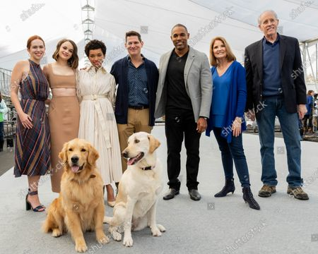 Elizabeth McLaughlin, Joey King, Logan Browning, Todd Milliner, Jason Winston George, Kathy Connell, Daryl Anderson with Luther and Amber on the Silver Carpet rollout