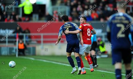 Josh Brownhill of Bristol City competes with Kenny Dougall of Barnsley-Mandatory by-line: Nizaam Jones/JMP