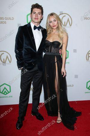 Gregg Sulkin and Michelle Randolph