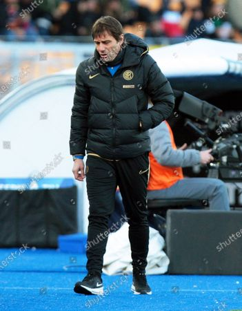Inter's head coach Antonio Conte reacts during the Italian Serie A soccer match between US Lecce and Inter Milan at the Via del Mare stadium in Lecce, Italy, 19 January 2020.