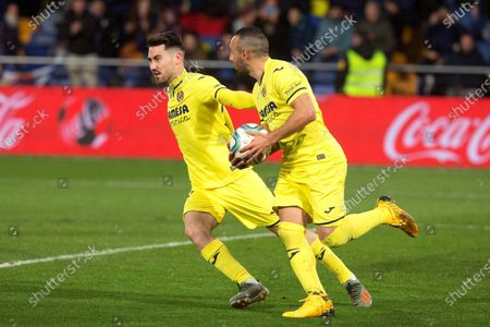 Villarreal CF's Santi Cazorla (R) celebrates with teammate Moi Gomez (L) after scoring during a Spanish LaLiga soccer match between Villarreal CF and RCD Espanyol at La Ceramica stadium in Villarreal eastern Spain, 19 January 2020.