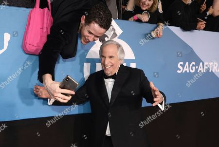 Henry Winkler takes a selfie at the 26th annual Screen Actors Guild Awards at the Shrine Auditorium & Expo Hall, in Los Angeles