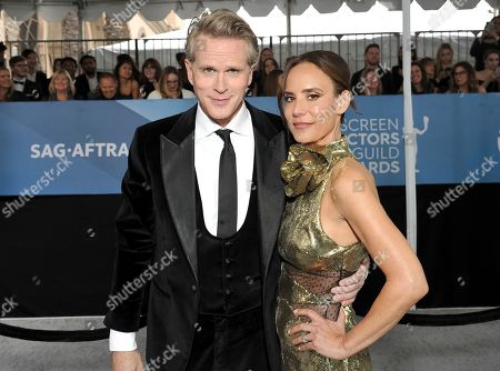 Cary Elwes, Lisa Marie Kubikoff. Cary Elwes, left, and Lisa Marie Kubikoff arrive at the 26th annual Screen Actors Guild Awards at the Shrine Auditorium & Expo Hall, in Los Angeles
