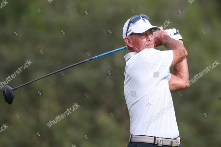 Champions LPGA Golf. John Hart drives from the 17th tee during the final round of the Tournament of Champions LPGA golf tournament, in Lake Buena Vista, Fla