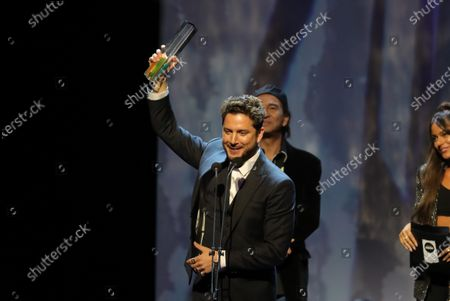 Alejandro Sanz receives the '2019 Best on live' award during the Odeon Music Awards gala at the Royal Theater in Madrid, Spain, 20 January 2020. The Odeon awards honor the best Spanish albums and singers of the previous year.