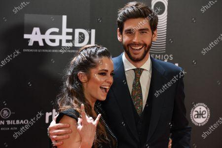 Alvaro Soler and Sofía Ellar