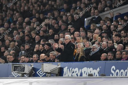 21st January 2020, Goodison Park, Liverpool, England; Premier League, Everton v Newcastle United : Everton Chairman, Bill Kenwright gives a personal standing ovation to the substituted Bernard (not pictured) for his performance on the pitch this evening