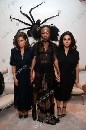 Chelsea Winstanley, Nana Ghana, Sophia Kiapos