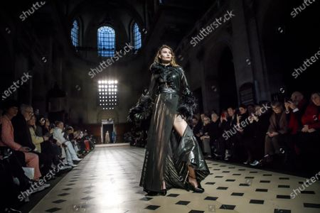 Fournie Show Runway Haute Couture Fashion Week Stock Photos Exclusive Shutterstock