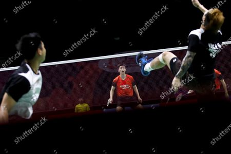China's Di Zi Jian (C) and Wang Chang in action during their men's doubles match against Taipei's Lu Ching Yao and Yang Po Han on day 1 of the Badminton Princess Sirivannavari Thailand Masters 2020 in Bangkok, Thailand, 21 January 2020. The Princess Sirivannavari Thailand Masters 2020 runs from 21 to 26 January 2020.
