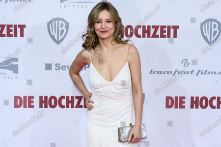 Stefanie Stappenbeck poses on the red carpet of the film premiere for 'Die Hochzeit' (lit.: The Wedding) at the Zoo Palast cinema in Berlin, Germany, 21 January 2020. The movie will be screened German cinemas from 23 January 2020.