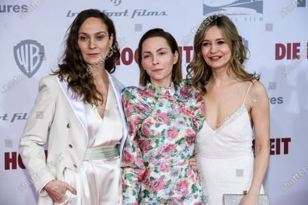 Jeanette Hain, Katharina Schuettler and Stefanie Stappenbeck pose on the red carpet of the film premiere for 'Die Hochzeit' (lit.: The Wedding) at the Zoo Palast cinema in Berlin, Germany, 21 January 2020. The movie will be screened German cinemas from 23 January 2020.