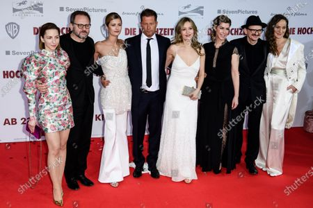 The cast of the movie  German actress Katharina Schuettler, Bugarian-German actor Samuel Finzi, German actress Lilli Schweiger, German actor Til Schweiger, German actress Stefanie Stappenbeck, German actress Brigitte Zeh, German actor Milan Peschel and German actress Jeanette Hain pose during the red carpet of the film premiere for 'Die Hochzeit' (lit.: The Wedding) at the Zoo Palast cinema in Berlin, Germany, 21 January 2020. The movie will be screened German cinemas from 23 January 2020.