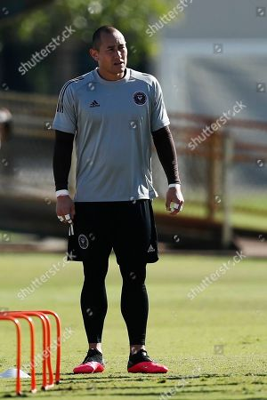 Inter Miami CF goal keeper Luis Robles in action during an MLS soccer practice, in Miami Shores, Fla